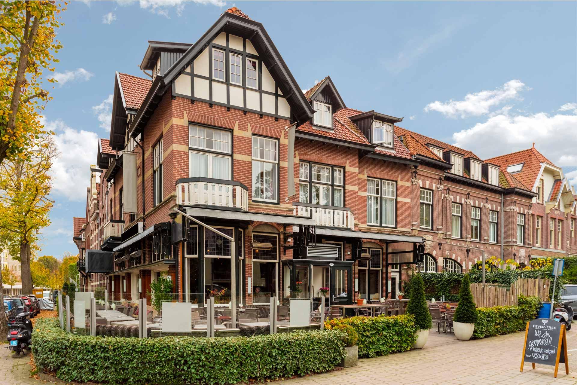 Voorkant-Hotel-Bloemendaal-1920px